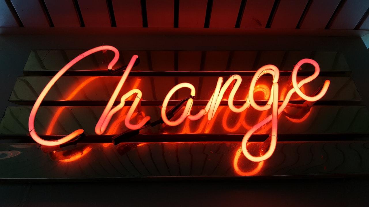 営業から人事へのキャリアチェンジ体験談