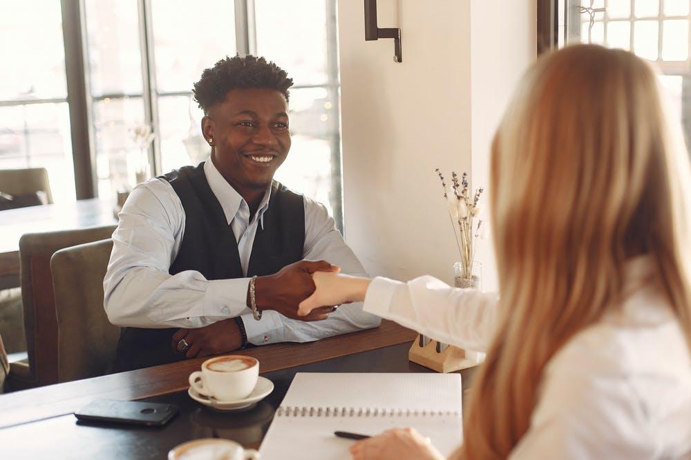 【Withコロナ時代】面接で新卒採用担当者が学生に伝えるべき内容